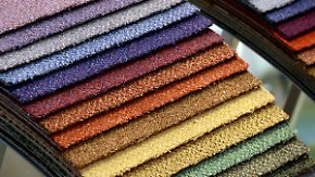 n-tv Ratgeber: Welcher Fachmarkt für Textil- und Bodenbeläge überzeugt?