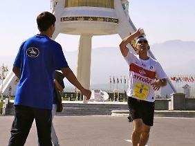 Turkmenistan wird sportlicher. Vor gut zwei Jahren fand der erste Marathon im Land statt.