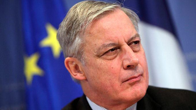 Der französische Notenbankchef will den Bankensektor durch mehr Kapital stabilisieren.
