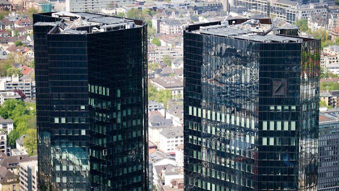Die Generalstaatsanwaltschaft Frankfurt hat Anklage gegen Mitarbeiter der Deutschen Bank erhoben.