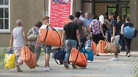 """""""Echte"""" und """"andere"""" Flüchtlinge: Asylbewerber werden immer öfter in zwei Gruppen geteilt"""