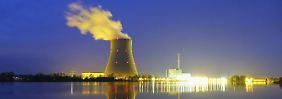 """""""Ungewöhnlich helles Licht"""": Polizei kontaktiert Kernkraftwerk"""
