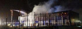 Auch Flüchtlingsheim angezündet?: NPD-Mann wegen Brandanschlag in U-Haft