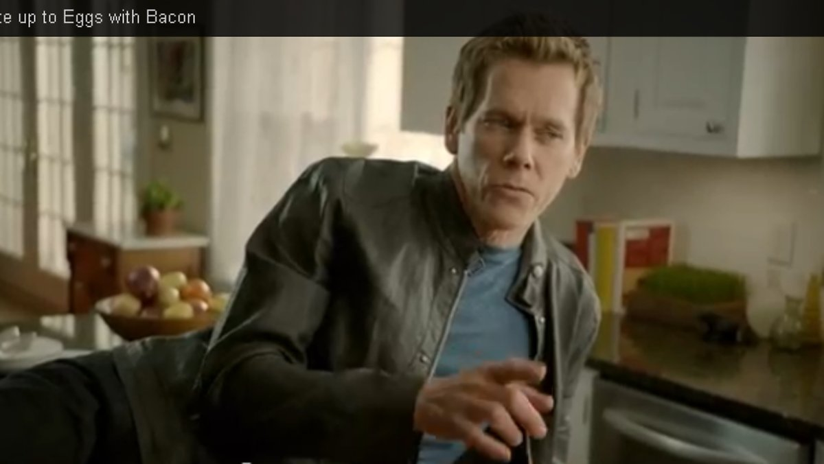 mit speck f ngt man m use kevin bacon macht eierwerbung. Black Bedroom Furniture Sets. Home Design Ideas
