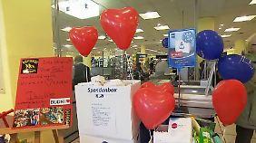 Einkaufen und dabei Gutes tun: Supermärkte schnüren besondere Spendenpakete