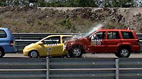 """Crashtest bestätigt Wirksamkeit: Fahrerassistenzsysteme sind ein """"Quantensprung"""""""