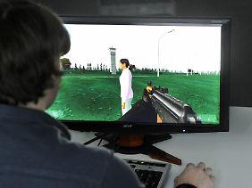 """Das Computerspiel """"1378 (km)"""" wurde von dem Studenten Stober zum 20. Jahrestag der Deutschen Einheit entwickelt."""