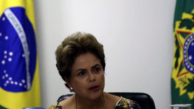 Präsidentin Dilma Rousseff muss unpopuläre Entscheidungen treffen.