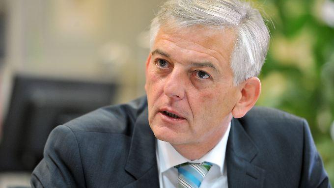 """Manfred Schmidt wurde von seinem """"Amt entbunden""""."""