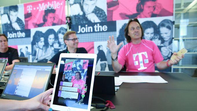 "T-Mobile-Chef John Legere ist ""richtig verärgert""."