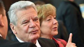 Joachim Gauck fordert von Zuwanderern, das Grundgesetz zu achten.