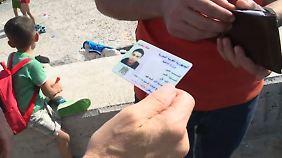Nicht alle Syrer sind Syrer: Gefälschte Pässe kursieren unter Flüchtlingen