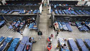 """Höhere Mehrwertsteuer?: EU erwägt möglichen """"Flüchtlings-Soli"""""""
