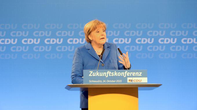 Widerstand gegen Asylpolitik: CDU-Basis begehrt gegen Merkel auf