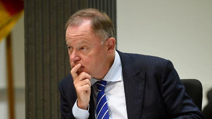 Braucht VW schon wieder einen neuen Vorstand? Nein, sagt Stephan Weil.