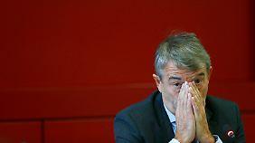 PK zur WM-Vergabe 2006: DFB-Präsident Niersbach hat kaum Antworten