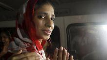Nach zehn Jahren in Pakistan: Taubstumme Inderin wird mit Familie vereint