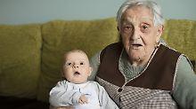 Langsamer Abbau von Ungleichheit: Urgroßeltern prägen maßgeblich Sozialstatus