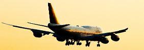 """""""Eines der besten Quartale"""": Lufthansa verdreifacht Gewinne"""