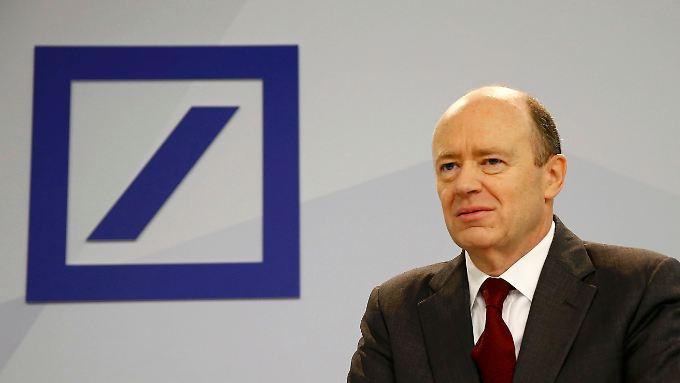 Mit dem Verkauf der Hua-Xia-Anteile treibt Bankchef John Cryan die Umsetzung seiner Strategie voran.