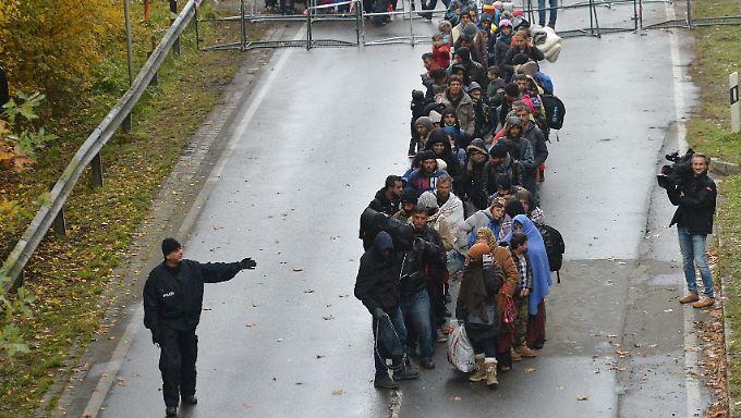 Plan für eigene Grenzkontrollen: Merkel erteilt Bayerns Forderung eine Abfuhr