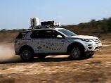 Nur selten geht es auf der Land Rover Experience mit solchem Tempo voran, normal sind 10 bis 30 km/h.