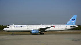 Der Airbus A321 mit der Registrierung EI-ETJ der russischen Fluggesellschaft Kogalymavia floh im Auftrag von Metrojet (Archivbild).