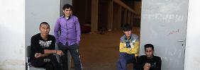 Ein punktuell sicheres Herkunftsland: Wie Deutschland Afghanen loswerden will