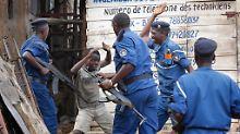 Im Frühjahr eskaliert die Lage in Burundi: Nach der umstrittenen Wiederwahl des Präsidenten gehen die Regierungstruppen hart gegen Demonstranten vor.