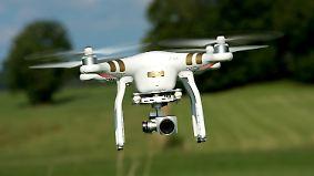 Spektakel mit Hochgeschwindigkeit: Drohnen-Piloten treten gegeneinander an