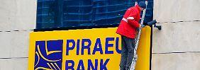 Lücke zu groß: Piraeus Bank muss sich retten lassen