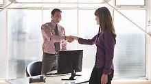 In die Stellenerhebung flossen die Angaben von rund 13.000 Arbeitgebern aus allen Wirtschaftsbereichen ein.