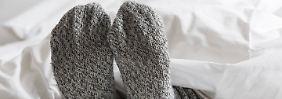 Tipps für den Winter: Mit Socken ins Bett - kostenbewusst heizen