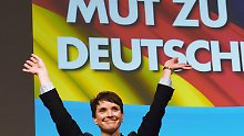 Versäumt es, sich von rechtsextremen Positionen entschieden zu distanzieren: AfD-Chefin Frauke Petry.