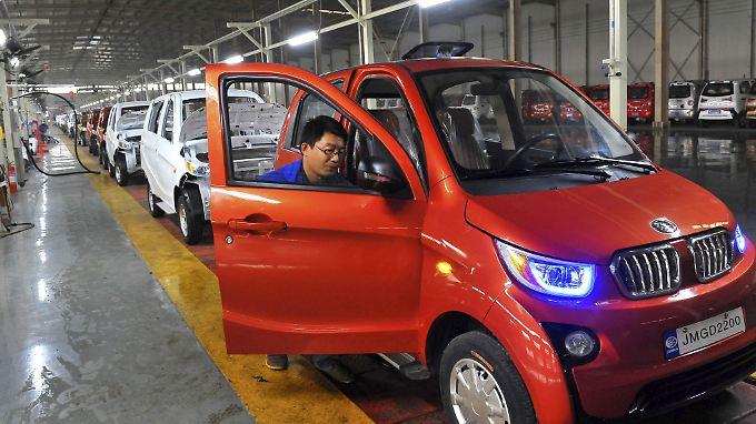 Abgasfreie Kleinwagen für den chinesischen Markt: Die deutschen Autobauer hinken hinterher.