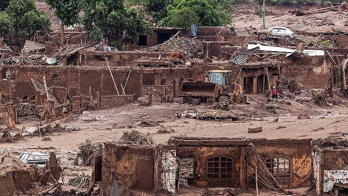 Das Bergarbeiterdorf Bento Rodrigues wurde unter dem Schlamm begraben.