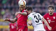"""Wie das gelingen konnte, erklärt Borussia-Kapitän, Granit Xhaka: """"Auch die Bayern haben nur zwei Beine und zwei  Hände. Man muss einfach Eier zeigen - und Mut haben."""""""