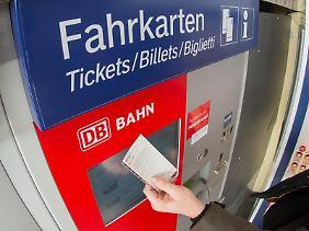 Bei einer Umfrage der Forschungsgruppe Wahlen im September 2015 fand eine Mehrzahl der Deutschen die Fahrkarten der Deutschen Bahn zu teuer.