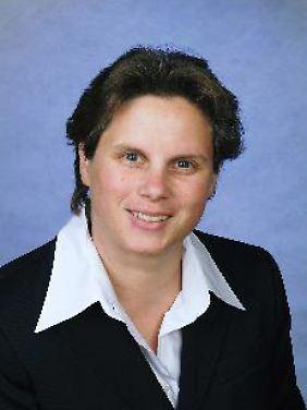 """Dr. Ulrike Meißner hat langjährige Erfahrungen als """"Personalerin"""" in großen Konzernen und mittelständischen Betrieben. Das Buch, das sie 2005 veröffentlichte, heißt """"Die 'Droge' Arbeit. Unternehmer als 'Dealer' und als Risikoträger""""."""