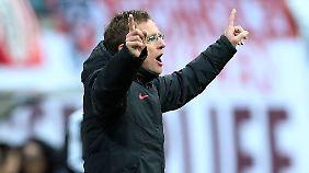 """Ralf Rangnick dirigiert die """"Roten Bullen"""" Richtung Bundesliga."""