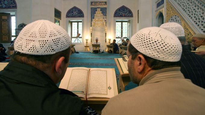 Integrationspolitik: Islamdebatte schlägt weiter hohe Wellen