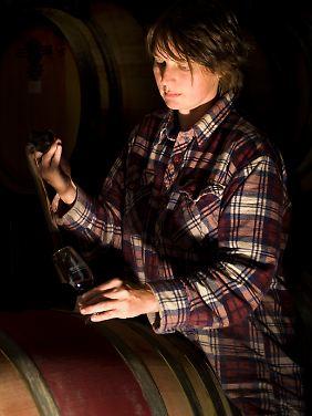 """Marion Deimling im Weinkeller: """"Viele kleine Schritte machen den Unterschied aus."""""""