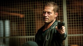 Sehr, sehr cool: Bruce Willis aka Til Schweiger aka Nick Tschiller.