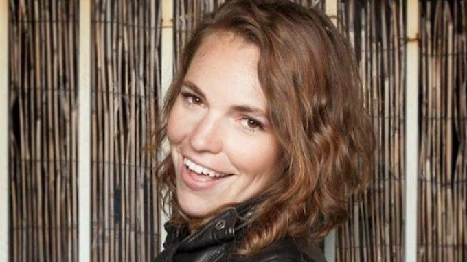 Nach außen schien immer alles gut. Für Fotos lachte Beth Stelling, zu Hause misshandelte sie ihr Freund.