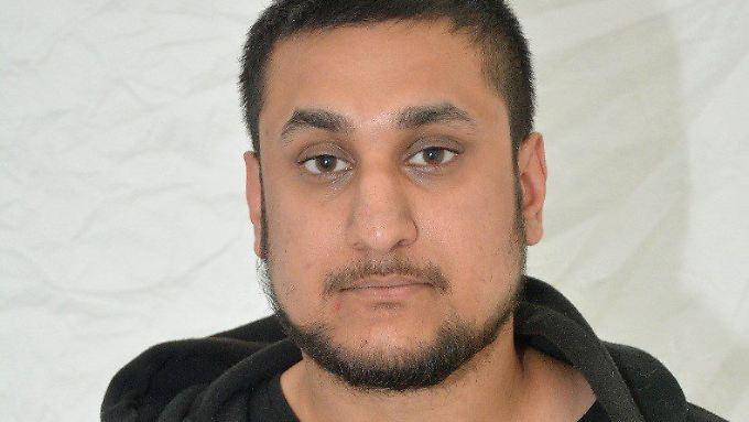 """Mohammed Rehman nannte sich auf Twitter """"Silent Bomber"""" - zu deutsch: stiller Bombenleger."""
