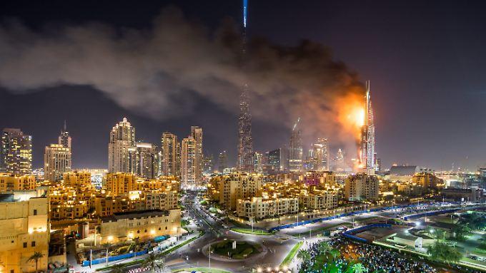 Alle Gäste in Sicherheit: 300 Meter hohes Luxushotel in Dubai fängt Feuer
