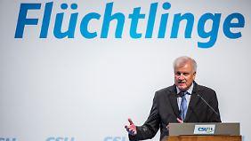 Asyl in Deutschland: Seehofer fordert Obergrenze von 200.000 Flüchtlingen
