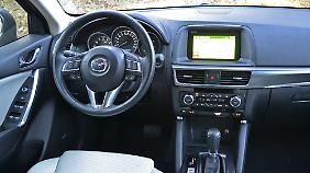 Das Innenleben des Mazda CX-5 zeigt sich gut verarbeitet und wertig.