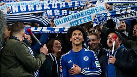 Nicht nur bei den Schalker Fans äußerst beliebt: Leroy Sané.