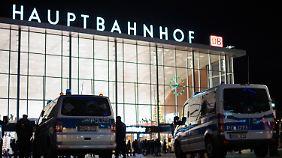 Sexuelle Massenübergriffe in Köln: Merkel fordert harte Antwort des Rechtsstaats